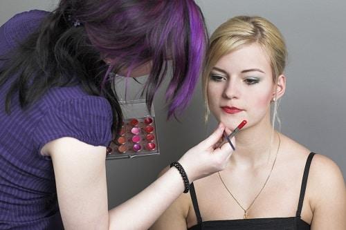 Ausbildung zur Maskenbildnerin Berlin