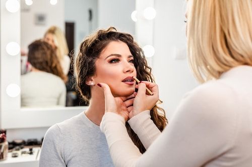 Make Up Artist Ausbildung wie lange Berlin